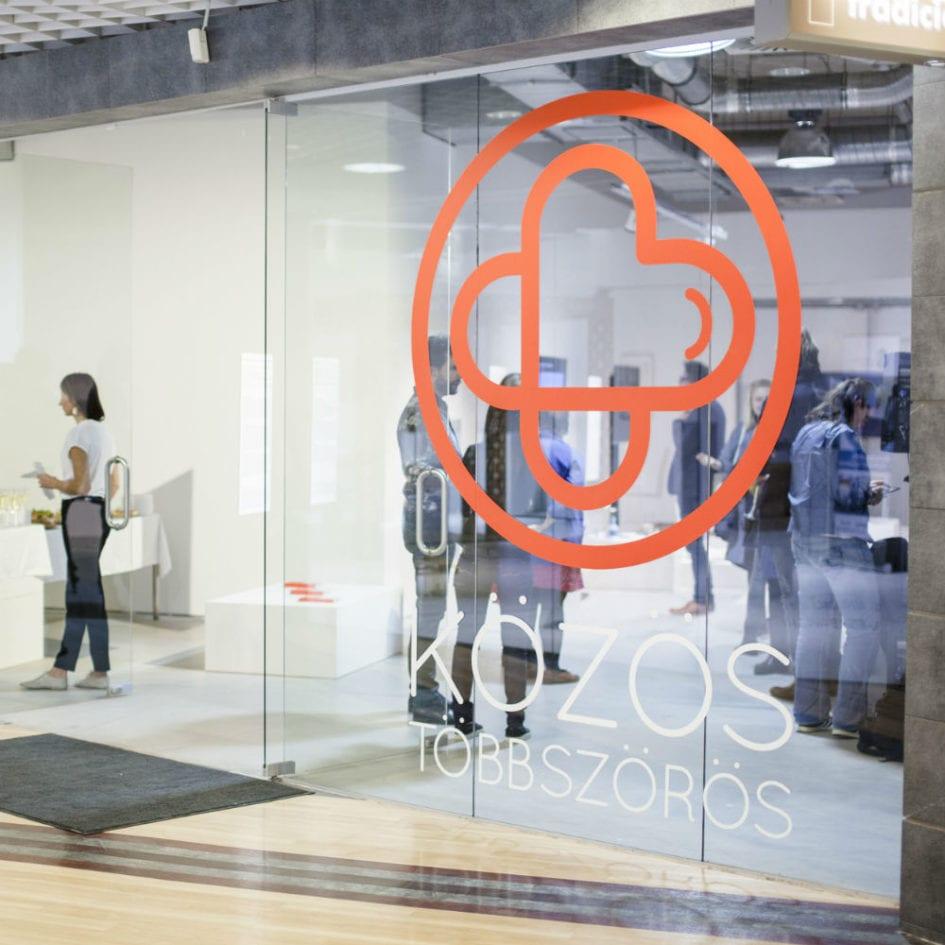 maxcity közös többszörös kiállítás tárdasalmi felelősségvállalás a dizájnban